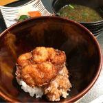 かき揚げ天丼、味噌汁、香の物。@なだ万賓館 新宿店