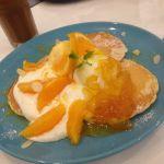 ルサ ルカ 東京自由が丘店 クリームチーズオレンジパンケーキ♡トッピングもりもりでとってもボリューミー♡パンケーキは香ばしくてもっちりしてすごく美味しい♡絶対また行きたいお店です♡