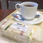 ドトールコーヒーショップ西天満宇治電ビル店