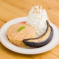 エッグスンシングス秋の新作パンケーキとエッグスベネディクトは「キャラメル&ハニー」がコンセプト