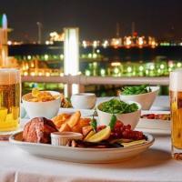 横浜のホテルで海を臨む絶景ビアガーデン「ベイサイドビアガーデン はまビア!」開催