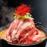 高さ28cmもの肉タワー鍋!フォトジェニック「にくなべ」~東京・神戸びいどろ6店舗で提供