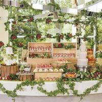 苺畑をイメージしたデザートビュッフェ「ストロベリー・フィールド」開催~ヒルトン東京ベイ