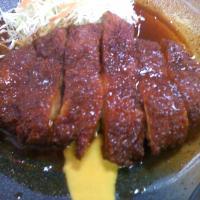 名古屋のB級グルメ!~味噌カツ、きしめん、天むす