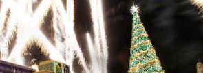 USJのクリスマス!ギネス世界記録にも認定された「世界一の光のクリスマスツリー」が今年も登場!