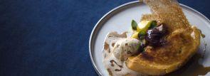 八芳園の秋メニュー「四万十栗のフレンチトースト&花と緑のグルテンフリーのパンケーキ」