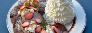 2週間限定のチョコ生地!エッグスンシングスのバレンタインパンケーキを試食