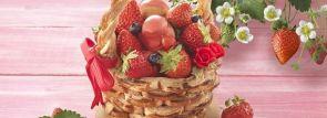 """""""いちご摘み""""のワクワク感が楽しめるケーキ!苺たっぷりのバスケット型タルトパイ「いちご摘み」"""