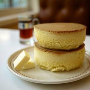 こんなに違う?日本で食べられる世界各国のパンケーキ