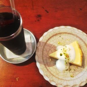 名古屋でソファでくつろげるカフェ