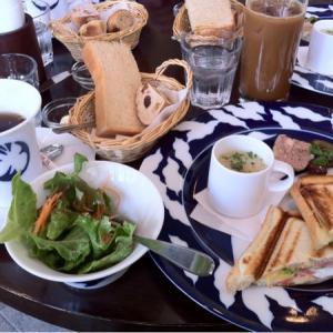 六本木の朝カフェ!優雅で美味しいモーニングた楽しめるお店