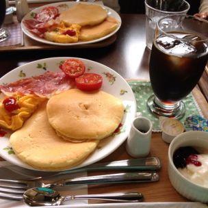 MAYFAIR amcafe(メイフェア アーマーカフェ)