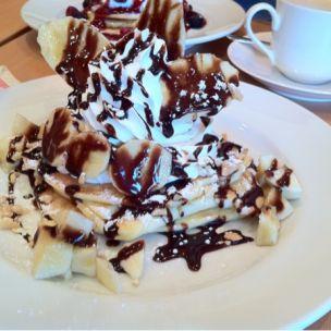ハワイアンカフェ CAFE BAR LOCO S AINA(ロコズアイナ)