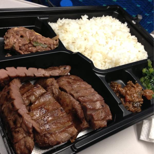 [改札内・グランスタ]仙臺たんや 利久の牛タン弁当は冷めても柔らかい牛タンがたっぷり