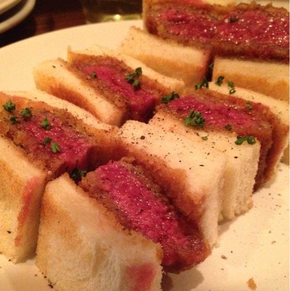 ザブトンは食べ物、想像を絶する柔らかに感動「洋食フライパン」