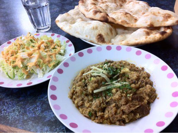 パキスタンコミュニティの本物ムスリムレストラン。
