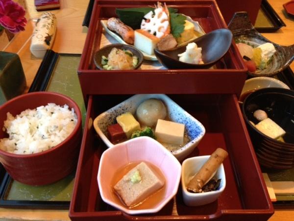 【個室・京懐石】美濃吉 横浜ランドマークプラザ店