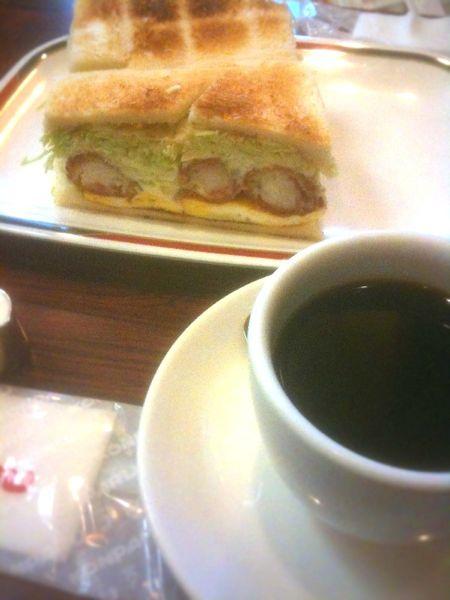 本格的なサンドイッチが食べられるお店コンパル 大須本店
