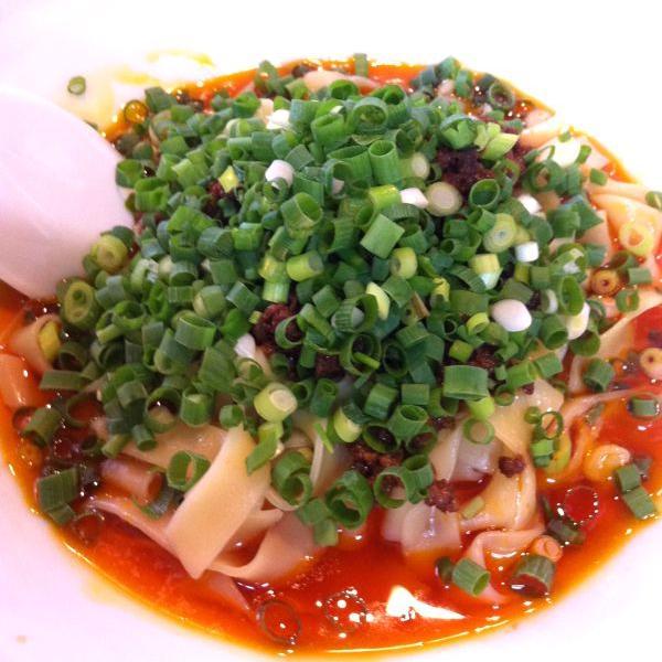 四川風担々麺で人気の「杏亭」