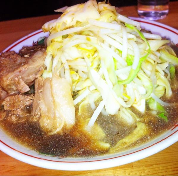 自家製太麺ドカ盛 マッチョ