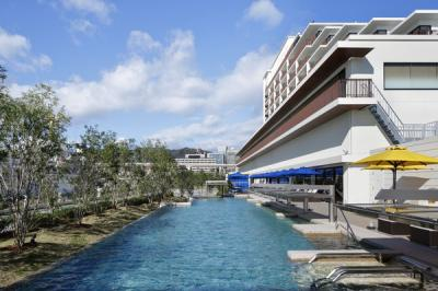 神戸みなと温泉 蓮 オーシャンズスパ(混浴温水プール・屋内フィットネスプール)(混浴温水プール・屋内フィットネスプール)