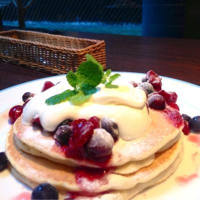 CAFE WINE DINING Kirara 西梅田店(カフェワインダイニング キララ)