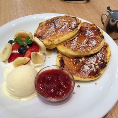 j.s. pancake cafe 金沢百番街Rinto店(J.S. パンケーキカフェ)