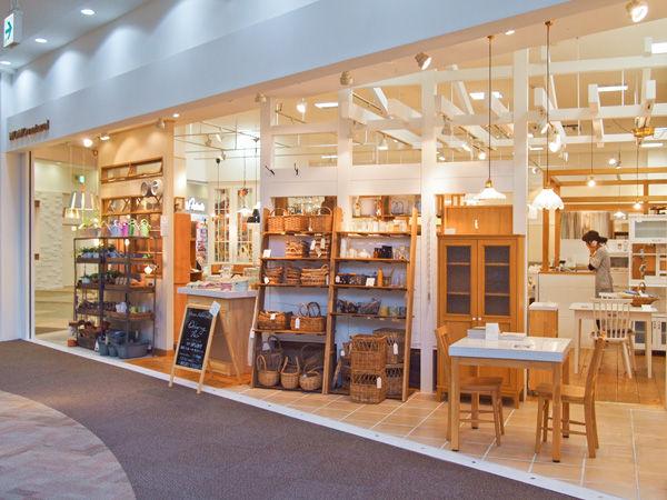 MOMO natural 西宮店