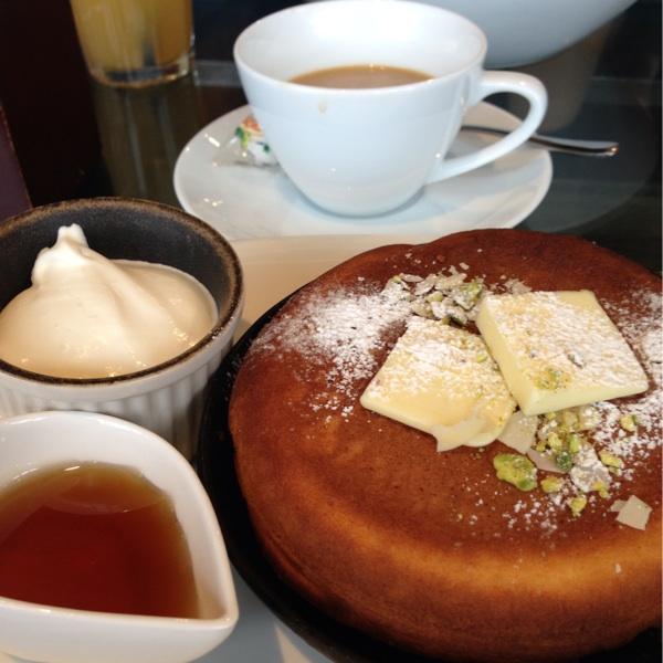 スズカフェ 神宮前店(SUZU CAFE)