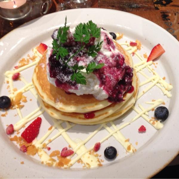 j.s. pancake cafe 中野セントラルパーク店(J.S. パンケーキカフェ)