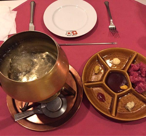 スイス料理 オイルフォンデュ