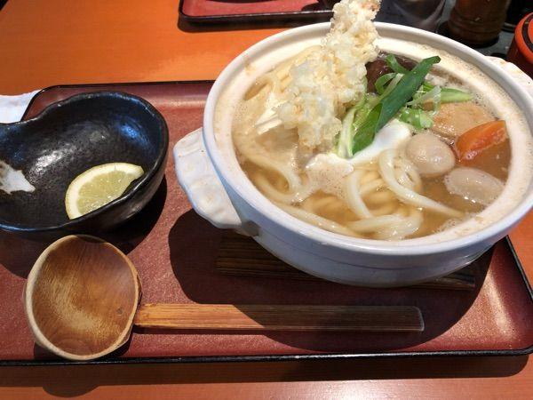 讃歌うどん はんげしょう 鍋焼きうどん ンマンマ (^O^)/