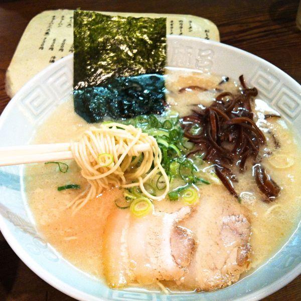ラーメン亭濃麻呂 #ramen 普通の味でした。名島亭のようなカリスマ性があれば良いが。