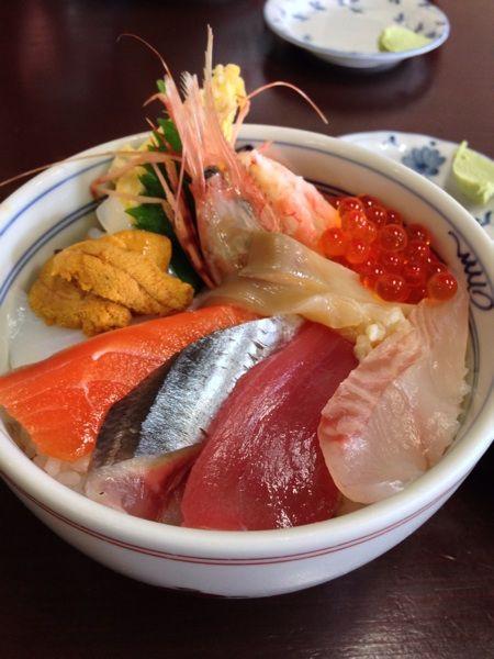 逢海丼(海鮮10種盛り) 大変美味しゅうございました( ⁰⊖⁰)♡とりあえず逢海