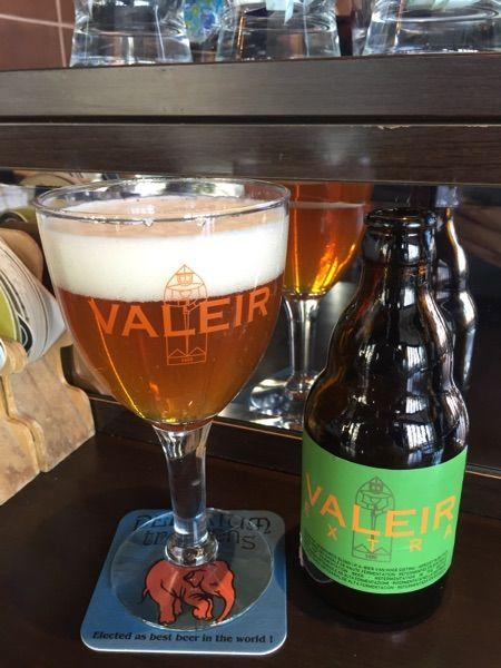 ヴァレイル・エクストラ@ベル・オーブ 豊洲今年初の外ベルギービールは、ヴァレイルから。
