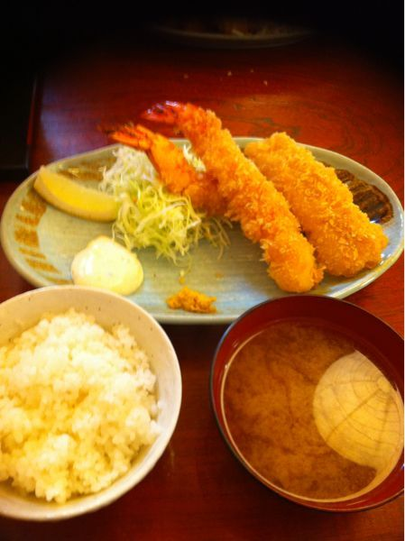 えびせいに来ました。海老フライ美味い!