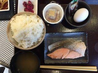 とんかつ新宿さぼてん  足柄SA下り線店   朝食セット(550円)   ご飯が山盛りです!