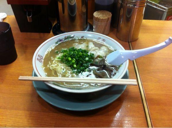 とんこつラーメン しぇからしか 曽根崎店に来ました。以前より美味しゅうございました。しぇからしか万歳!