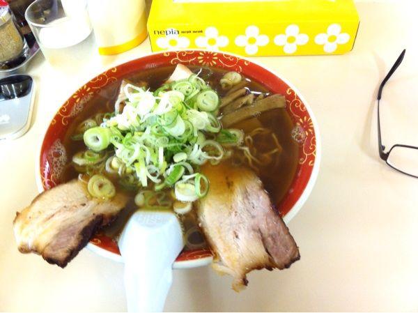 ラーメン麺雅中華そば 中 600円。にぼしスープおいしー。