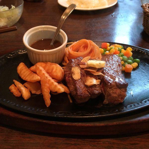 カタヤマ。珍しく家族でステーキ。#洋食 #ステーキ #カタヤマ #東向島 #墨田区