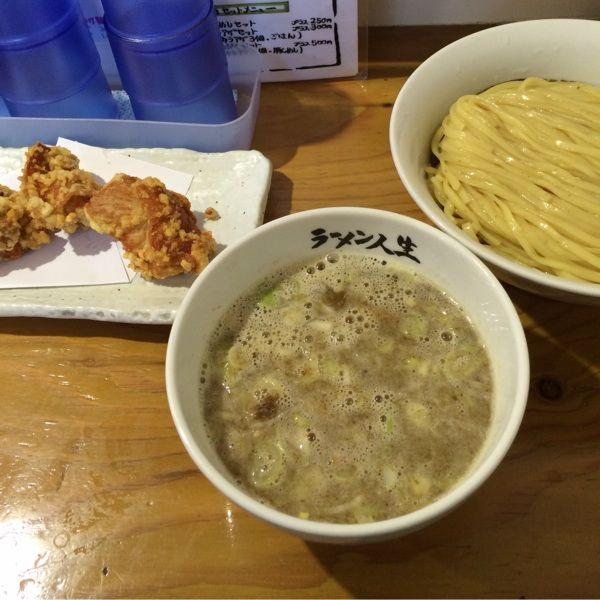 久々の鶏煮込みつけ麺。唐揚げセットで(≧∇≦)