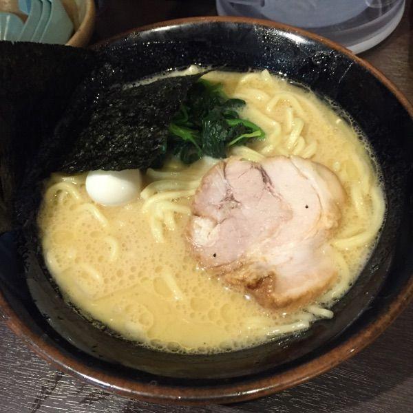 壱角家 西新宿店 #ramen #ラーメン 今の時間はライス無料かな?