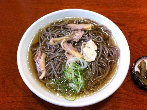 昼食は、河北町の「一寸亭 本店」で冷たい肉そば。