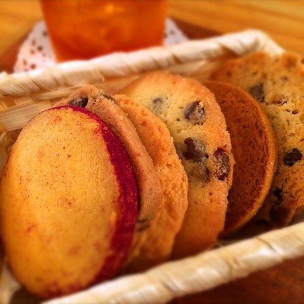 クッキー食べ放題@アントステラ  Esola池袋店。秋らしいさつまいものクッキーが、見た目もサツマイモでかわいい★