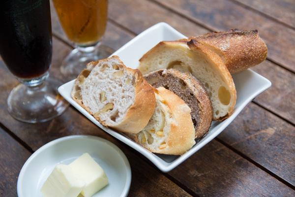 【訪問レポート】メゾンカイザー初のビアガーデン!パン食べ放題にクラフトビール4種飲み放題付き