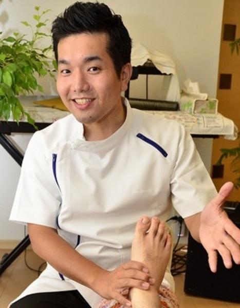 足もみ治療室 Refresis