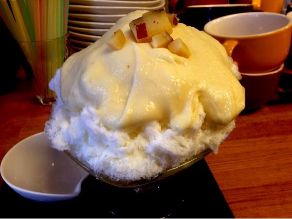 ひみつ堂さつまいもクリームキャラメルかき氷!http://s.amebl... tsukiusa