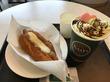 タリーズコーヒー/マカロンピスタチオモカとボールパークドッグ ポルチーニクリーム