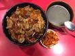 神戸名物!カルビ丼などが【半額!】10月10日は十番の日!「焼肉丼十番」