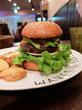 アボカドバーガー+チーズ/WAVES Burger名駅店(名古屋駅)
